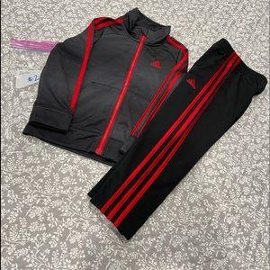 Adidas Warm Up Set ⚫️🔴